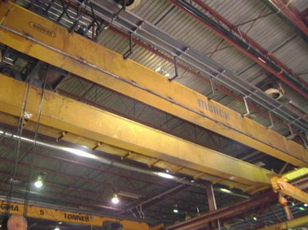 Munck 15 tons