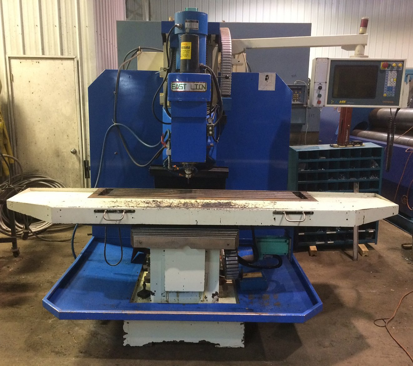 Fraiseuse cnc  east lion