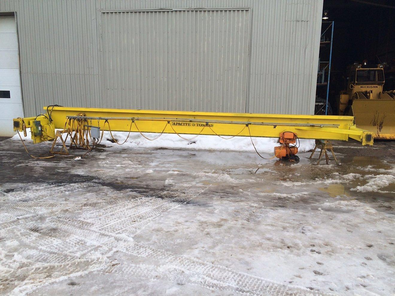 Manu-vic 5 tons