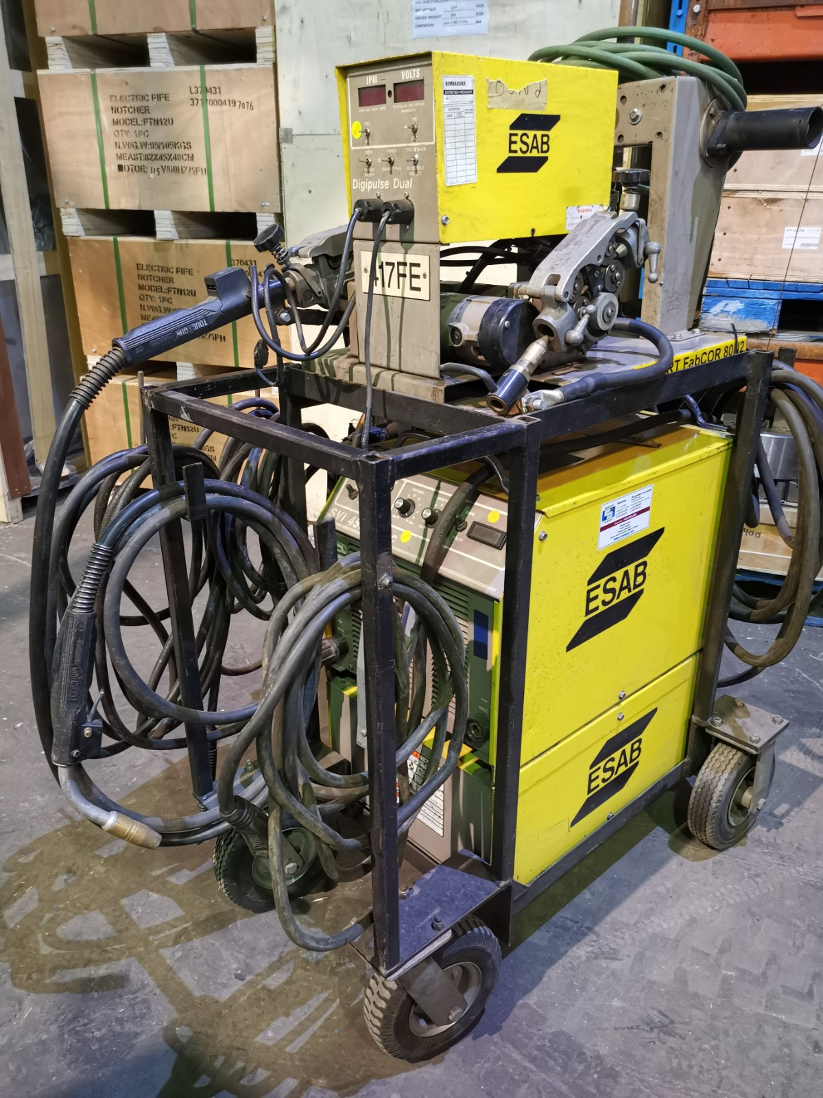 ESAB SVI 450 CC/CV + DOUBLE FEEDER